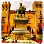 In questa occasione fu edificato il teatro che i Bussetani vollero dedicare a Giuseppe Verdi, loro figlio spirituale.