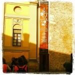 Dopo 200 metri di pedalata in libertà svoltiamo a sinistra  in Borgo Montassù raggiungendo Galleria San Ludovico collocata in una vecchia Chiesa sconsacrata, parte integrante dell'antico complesso Monastico di San Paolo fondato nel X secolo. Oggi l'edificio della Galleria ha l'aspetto attribuitogli nel 1700 secondo i costumi architettonici dell'epoca e, in occasione di mostre, è visitabile.